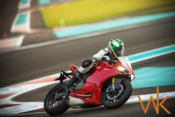 Canon 1Dx shoots 1199cc Ducati's